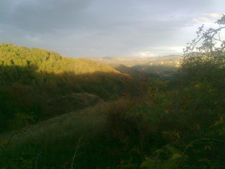 Motetermine-trekking-a-cavallo-Antico-Borgo-Valle-Di-Scascoli-01