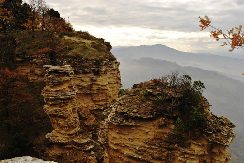 Motetermine-trekking-a-cavallo-Contrafforte-Pliocenico-00